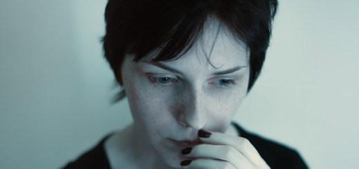 Depresión en esclerosis múltiple: por razones psicosociales, sí, pero con una marcada influencia biológica