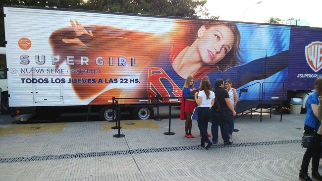 El camión donde vimos la serie. Fue genial. Solamente faltó que nos llevara a cada uno a casa cuando terminamos