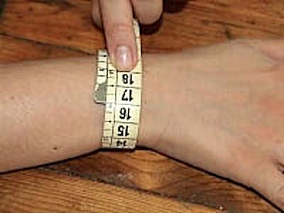 Artesanía Bejarano Como-medir-tu-muñeca Las Tallas