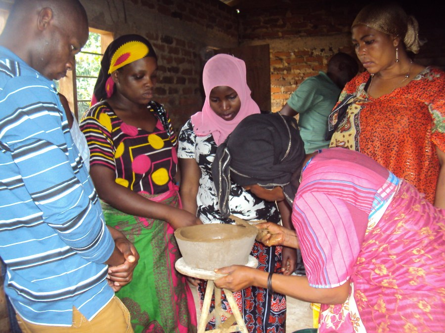 ngsen-members-clean-cookstoves