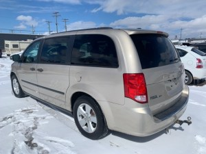2013 Dodge Grand Caravan Rear side photo