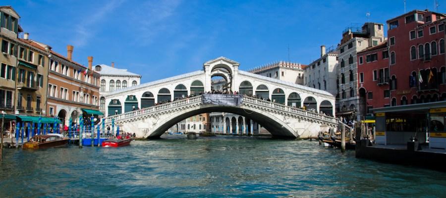 rialto brige Venice Italy