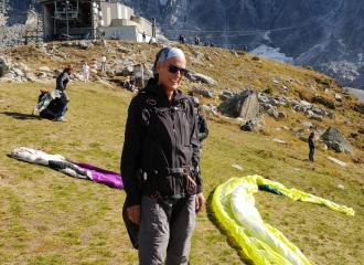 helma ready for paragliding in France