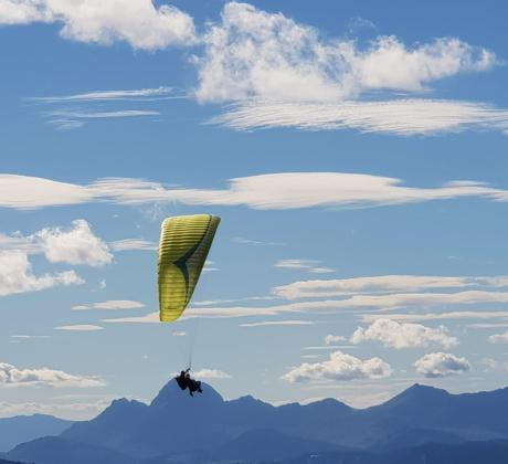 Helma accessible paragliding