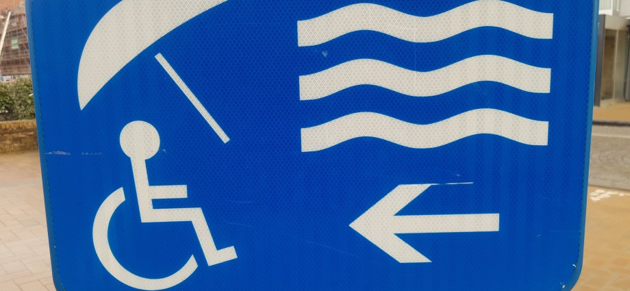 Belgium accessible beach sign