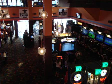 20090731_dave_and_busters_04