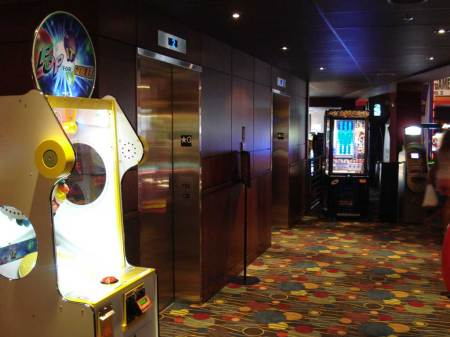 20090731_dave_and_busters_05