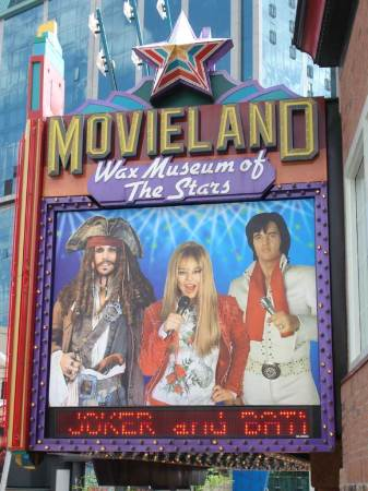 20090731_movieland_sign