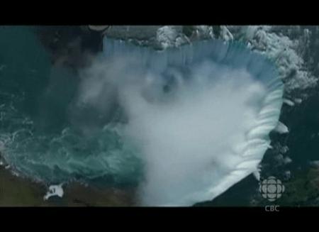 Rick_Mercer_Report_Niagara_Freefall_03