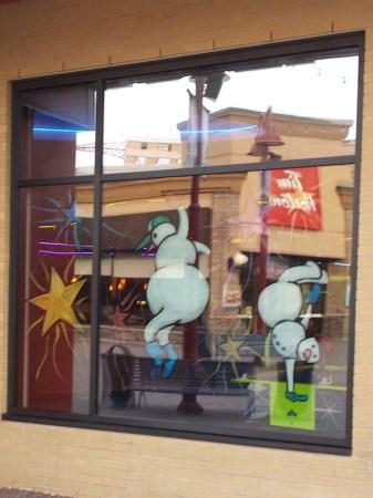 strike_christmas_window_painting_02