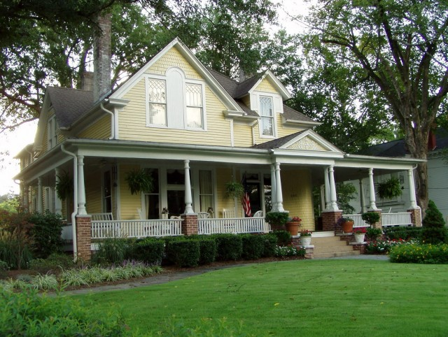 One Story Farmhouse With Wrap Around Porch