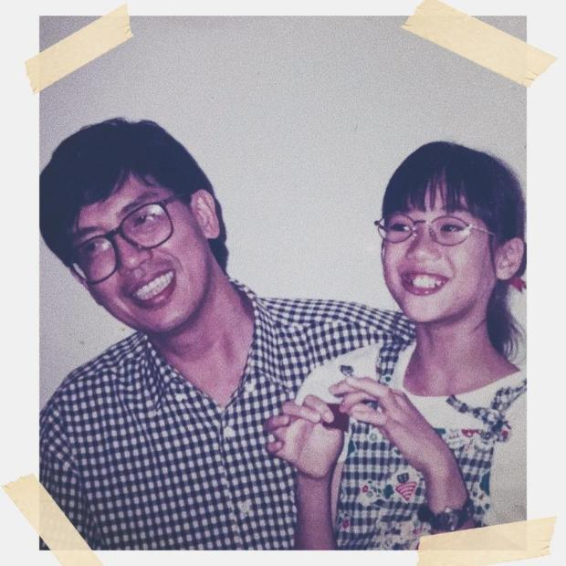 Polaroid picture of a man and a young girl, against a white background. Text: 三字经 3 Words, Repeat. Created by Grace Lee-Khoo and Tan Tok@Khoo Kwang