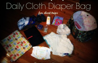 A complete breakdown of everything I take with me on a short trip using #clothdiapers