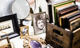 Tips For Replacing Antique Glass And Mirrors