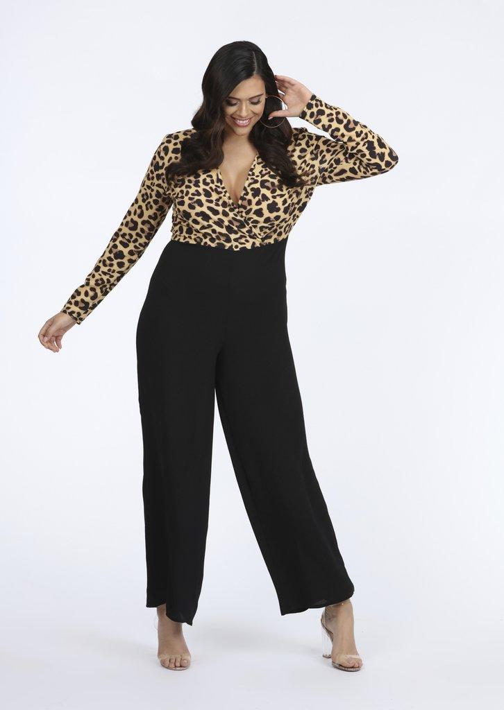 Plus size leopard print jumpsuit, plus size wedding guest outfit inspiration