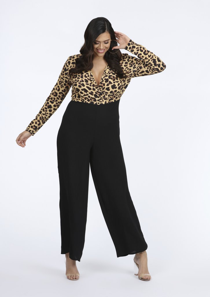 Plus size leopard print jumpsuit, plus size wedding guest outfit inspiration