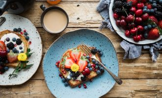 Tackle The Day With These Healthy Foods