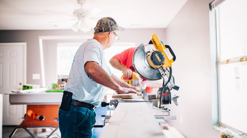 DIY: 4 Home Repairs You Should Never Take Care of Yourself