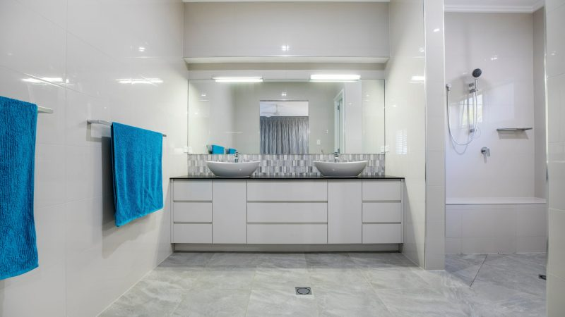 Royal Flush - Adding a Dash of Luxury to Your Bathrooms