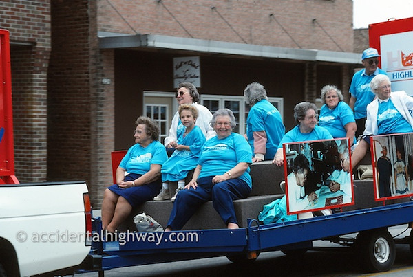 Father's Day ParadeFreeport, Illinois© jan albers | all rights reserved