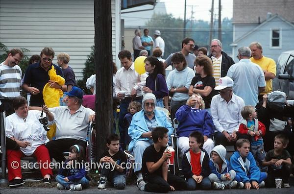 Waiting for the Harvest Parade--Grape JamboreeGeneva, Ohio© jan albers | all rights reserved