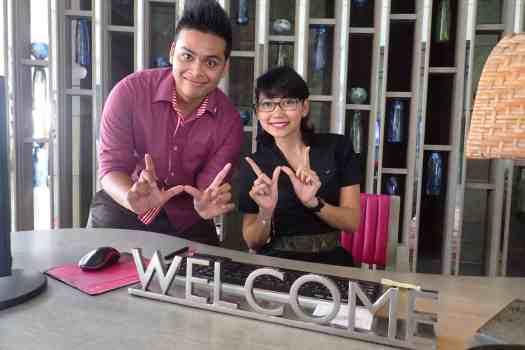 image-of-w-hotel-bali-front-desk-staff