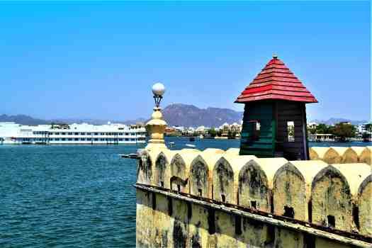 lake-pichola-india