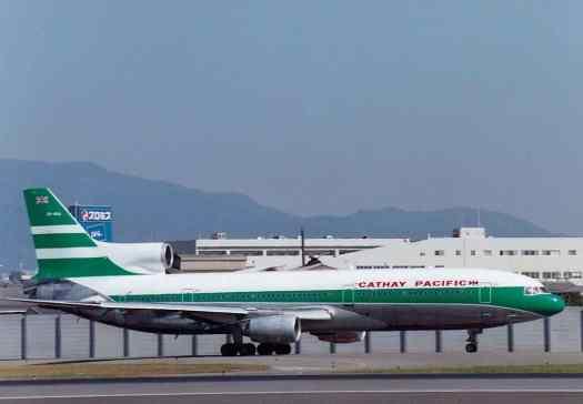 Aviatin_Cathay_Pacific_L-1011_at_Osaka_Airport_credit_S_Fujioka