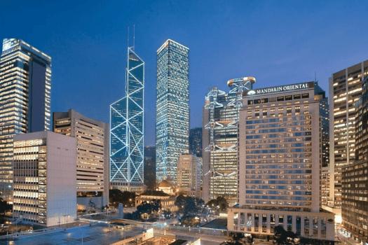 Image-of-Hong-kong-night-skyline-and-mandarin-oriental-hotel