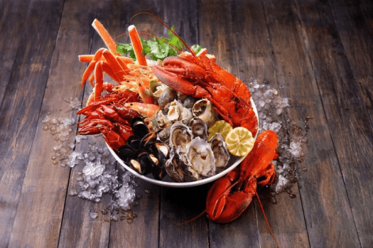 Image-of-Jet-fresh-Boston-lobsters-Alaskan-crab-legs