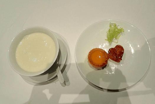 image-of-chinese-dessert-at-hong-kong-restaurant-tang-court