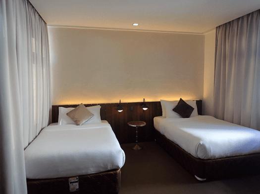 Phl-palawan-funny-lion-room (5)