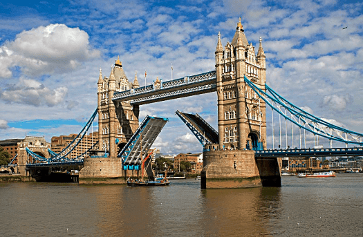 England_London_Tower_Bridge_Open_Photo_Credit_Tony_Hisgett