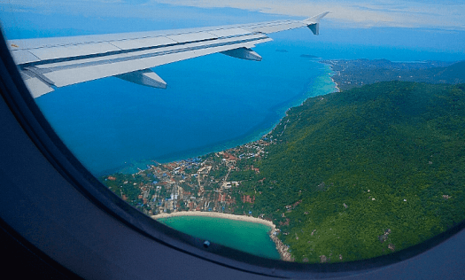 Aviation-flying-over-koh-samui