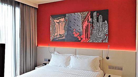 room-at-mercure-hotel-singapore-bugis-by-www.accidentaltravelwriter.net