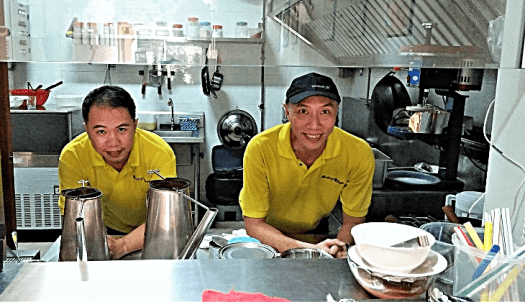 restaurant-proprietors-by-www.accidentaltravelwriter.net