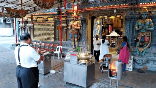 sri-krishnam-hindu-temple-singapore-copyright-www.accidentaltravelwriter.net
