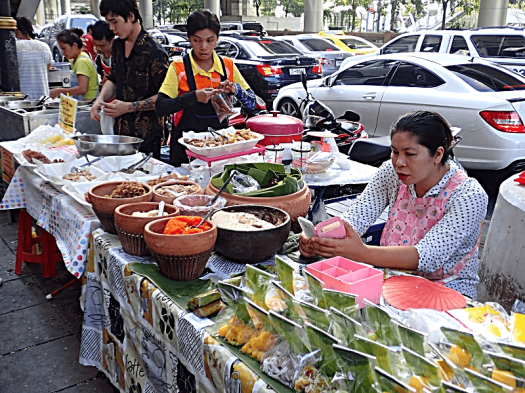 bangkok-street-food-copyright-www.accidentaltravelwriter.net