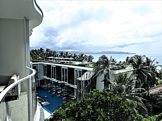 view-of-rooftop-swimming-pool-@-lind-hotel-boracay-island-copyright-www.accidentaltravelwriter.net