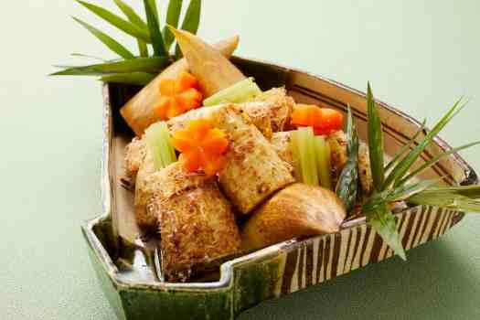 Takenoko Konakatsuo Ni  Stewed Bamboo Shoot with Shaved Dried Bonito_Carousel  Royal Plaza on Scotts