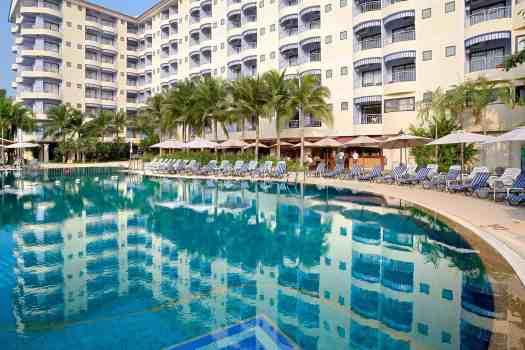 image-of-mercure-pattaya-hotel-swimming-pool