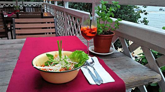 food-at-coconuts-thai-restaurant-credit-www.accidentaltravelwriter.net