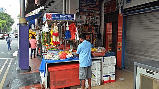 sidewalk-flower-seller-in-singapore-little-india-credit-www.accidentaltravelwriter.net