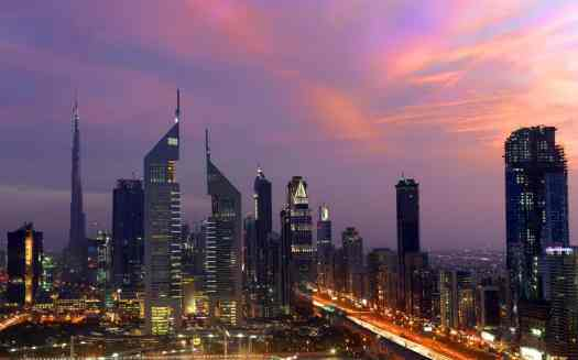 Uae-dubai-tourism-Emirates-Towers