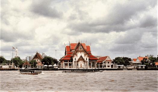 wat-rakang-bangkok-thailand-henrich-damm-1
