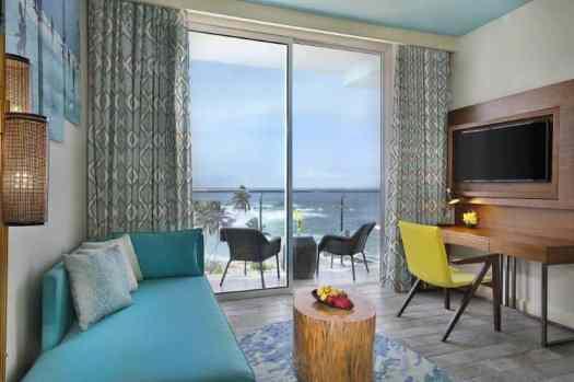 Sri-lanka-hotel-Amari-Galle-Deluxe-Ocean-View-Living-Area