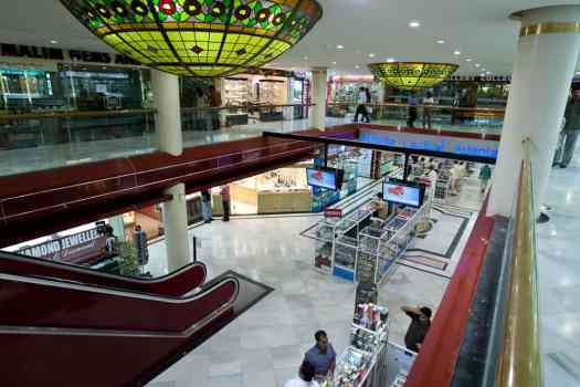 Bahrain-Gold-City-shopping-mall-by-jimmy-weee
