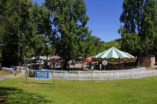 Usa-oakland-zoo-rides-credit-allie-caulfield