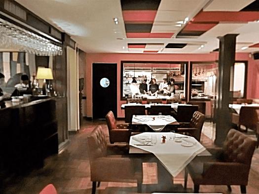 lenzi-italian-restaurant-in-bangkok-thailand