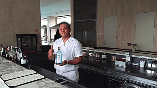 oriental-residences-bangkok-serviced-apartments-play-deck-bar